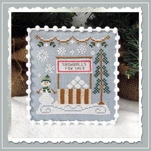 Snow Village -Snowball Stand CCN