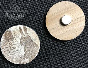 Needle Minder wood Hare