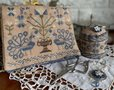 Blue Peacocks sewing set - Mani di Donna